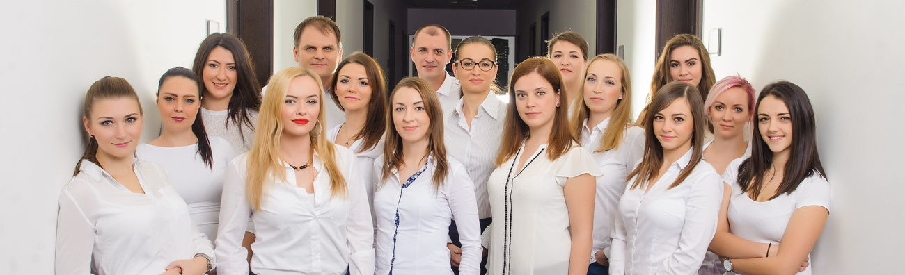 Náš tím sa profesionálne stará o vaše mzdy a účtovníctvo
